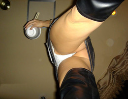 Upskirts and voyeur images Image 1