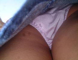 Upskirts and voyeur images Image 3