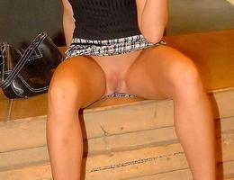Nice upskirt in pantyhose gallery Image 2