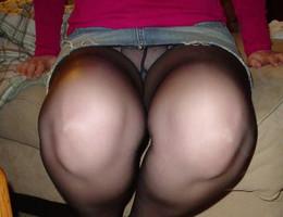Nice upskirt in pantyhose gallery Image 7