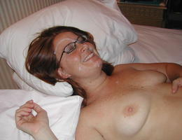 An amateur blowjob in these galery Image 4