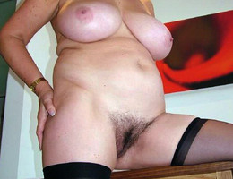 Lovely hairy amateur pics Image 1