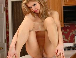 Ladies love to wear pantyhose on naked body images Image 9