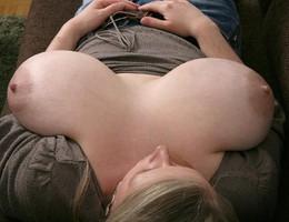 Nice big tits chicks gal Image 8
