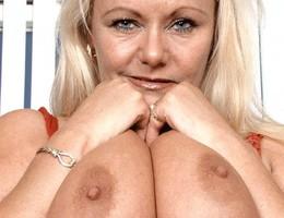 Big tits girlfriend shots Image 7