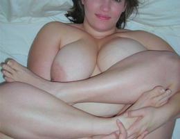 Nice chubby amat milf series Image 7