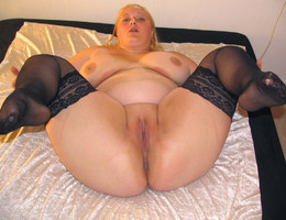 Sexy chubby milf images Image 6