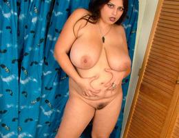 Nice chubby amat milf gellery Image 6