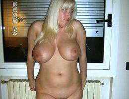 Chubby girlfriend exposed photos Image 2