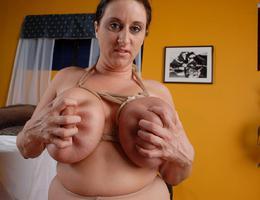 BBW girl with huge boobs set Image 7
