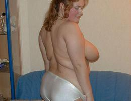 Horny mature BBW wife pics selection Image 5