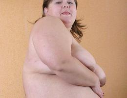 Huge fat babes juggs bbw pics Image 2