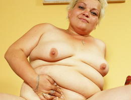BBW wife with saggy droopy tits collection Image 7