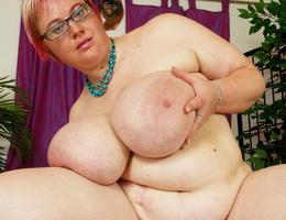 Huge fat babes juggs bbw images Image 8