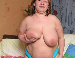 BBW wife with saggy droopy tits gellery Image 3