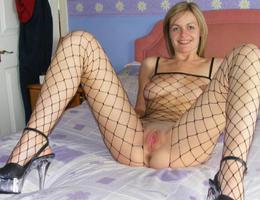 Teen in lingerie posing gal Image 6