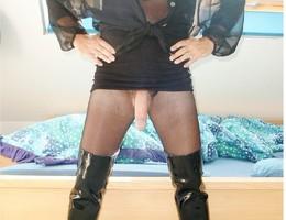 Man wearing pantie & lingerie gal Image 7