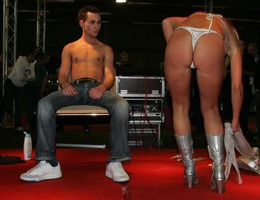 Asia Adult Expo pics Image 6
