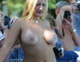 Sexiest porn model strip show gellery Image 1