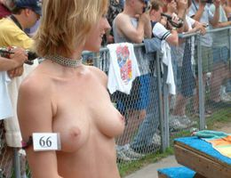 Sexiest porn model strip show gellery Image 2