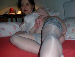 Cougar Milf Hot Ass galery Image 3