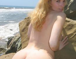 Nice milf ass and more gal Image 6