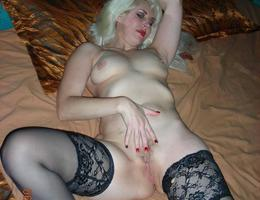 Amateut milf and mature series Image 1
