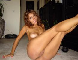 Nice big tits milf great ass series Image 3