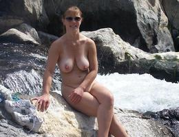 Sexy mature milf shows her tits and cunt gelery Image 7