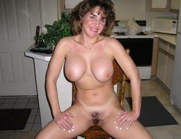 Sexy curvy milf series Image 7