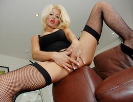 Cute lingerie posing pics Image 4