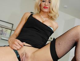 Cute lingerie posing pics Image 5