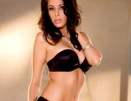 Amateur girl posing in lingerie series Image 9