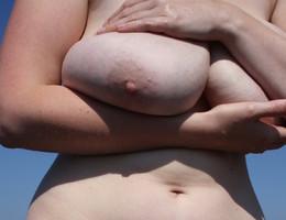 Amateur chubby bitch gal Image 9