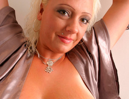 Sexy chubby babes mix gal Image 9