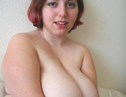 Sexy chubby blonde cutie ahare her private photos galery Image 7