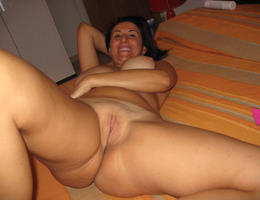 Sexy chubby blonde lady ahare her private photos galery Image 7