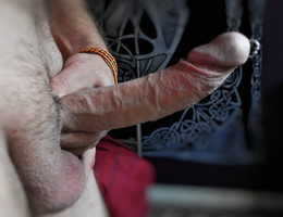 Suck my Italian cock shots Image 1