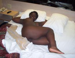 Ebony seduction set Image 4