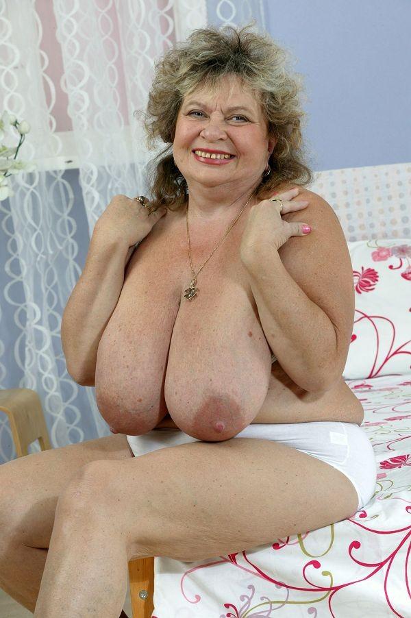 груди старих бабуль фото