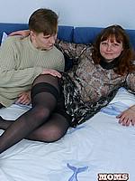moms porn