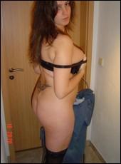 milf_girlfriends_000570.jpg