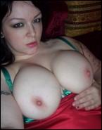 busty_girlfriends_000419.jpg