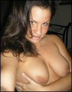 busty_girlfriends_000872.jpg