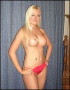 busty_girlfriends_000873.jpg