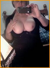 busty_girlfriends_001013.jpg