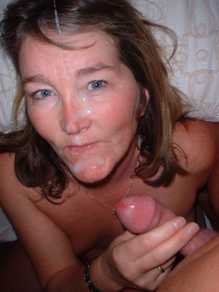 Фото сперма в лицо мамы