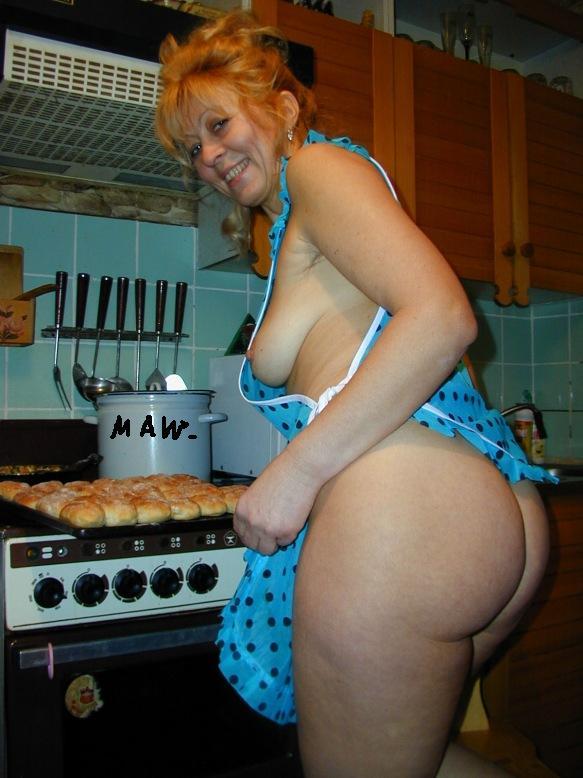 должно полнотелая дама на кухне видео супруг