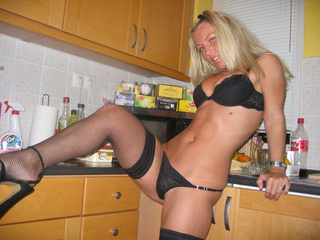 Смотреть порно горячая жена #12