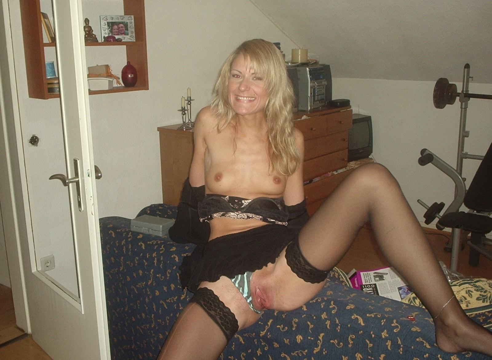 http://pbs-2.adult-empire.com/85/8570/003/pic/8.jpg